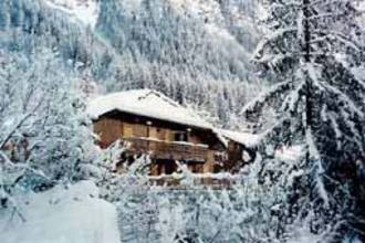 Residence Les Crets Nr.2 - Exterior - Winter